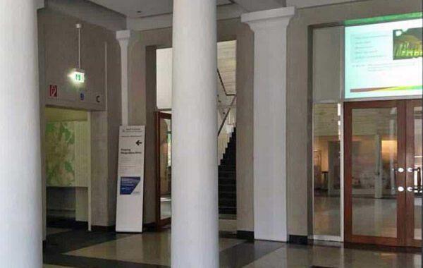 Eingang Bürgerbüro Mitte